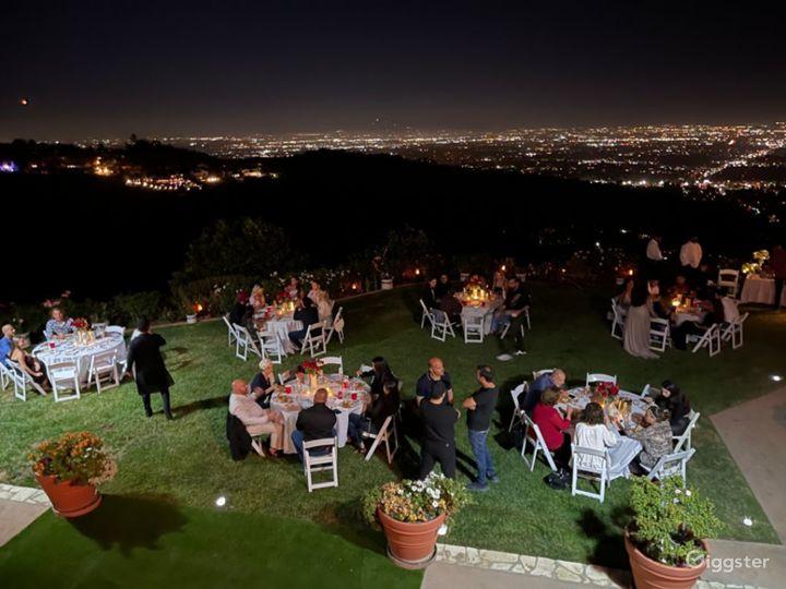 Cozy Mid Century Garden with breathtaking views  Photo 3