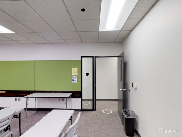 Airy Classroom in Portland Photo 5