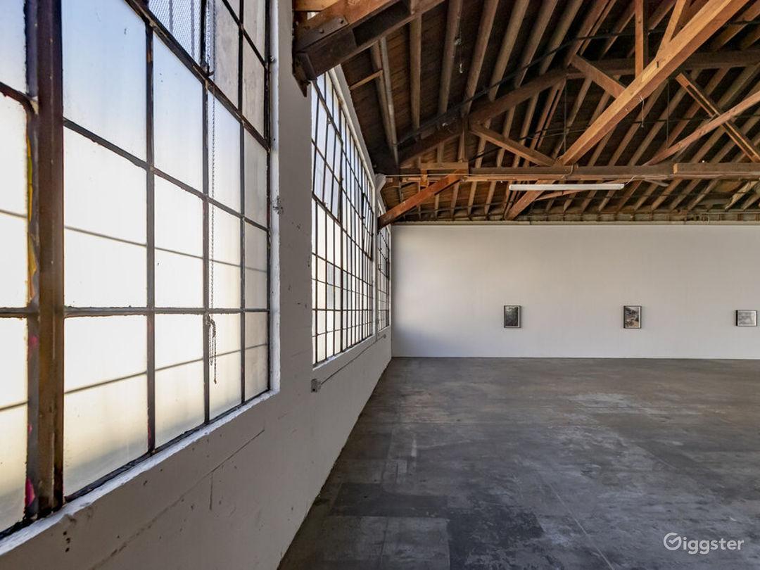 Downtown LA Spacious Art Gallery  Photo 2