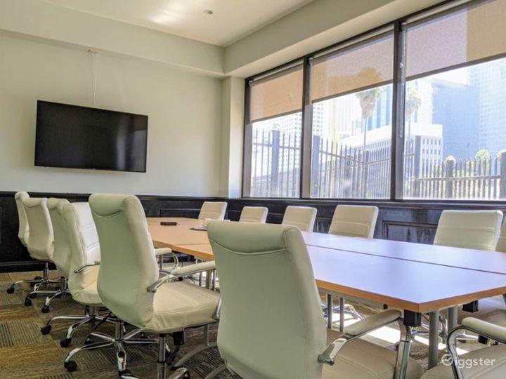Spacious Executive Boardroom in Los Angeles Photo 4
