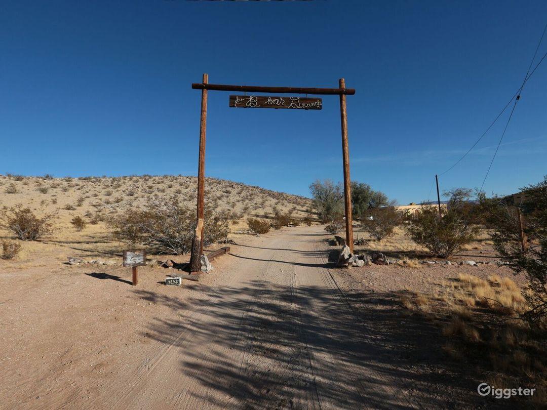 Joshua Tree Private Pueblo Retreat with Views! Photo 2