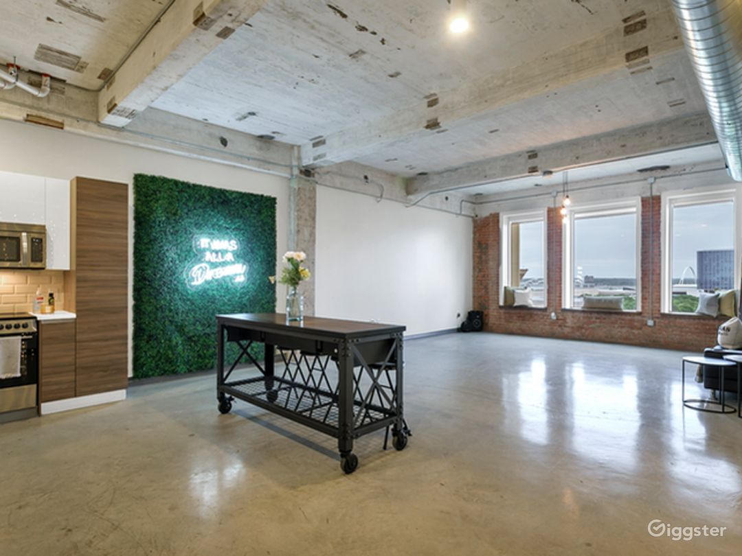 Spacious Event Space for your Needs in Dallas Photo 1