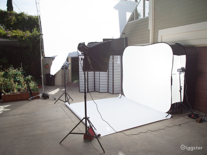 Covid19 Safe Outdoor Photography studio side