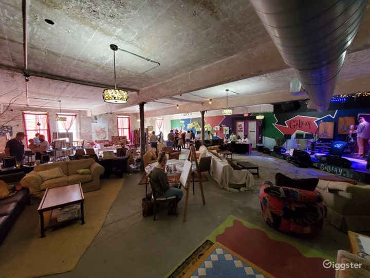 Amazing art gallery and live music venue Photo 3