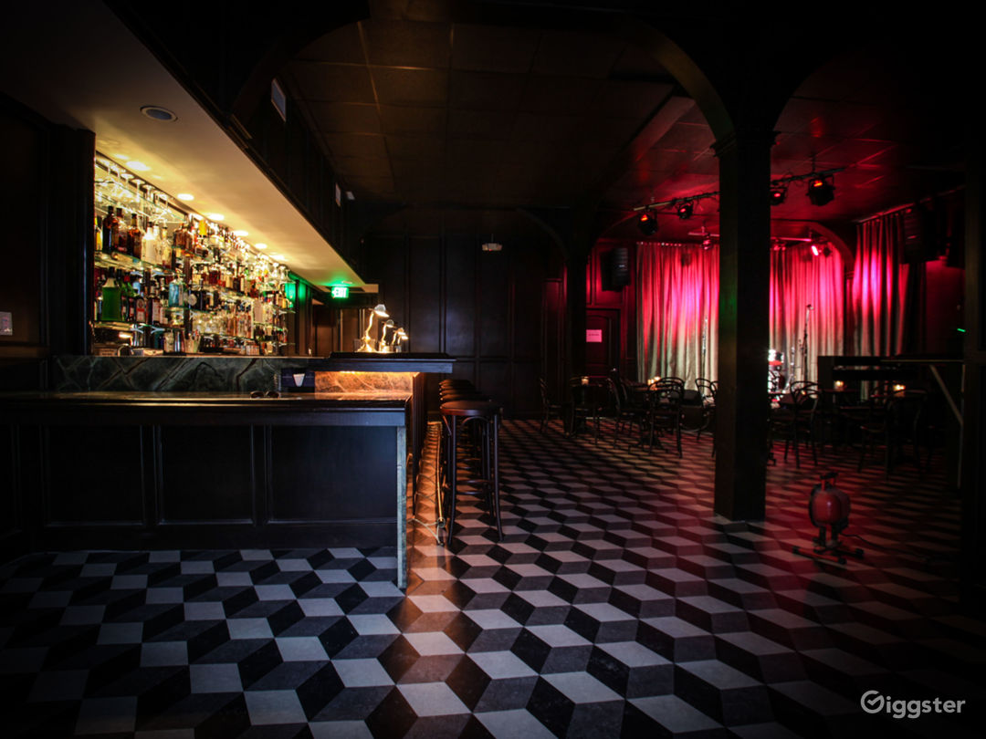 Live Music Venue/ Bar located in the heart of Hollywood Photo 3