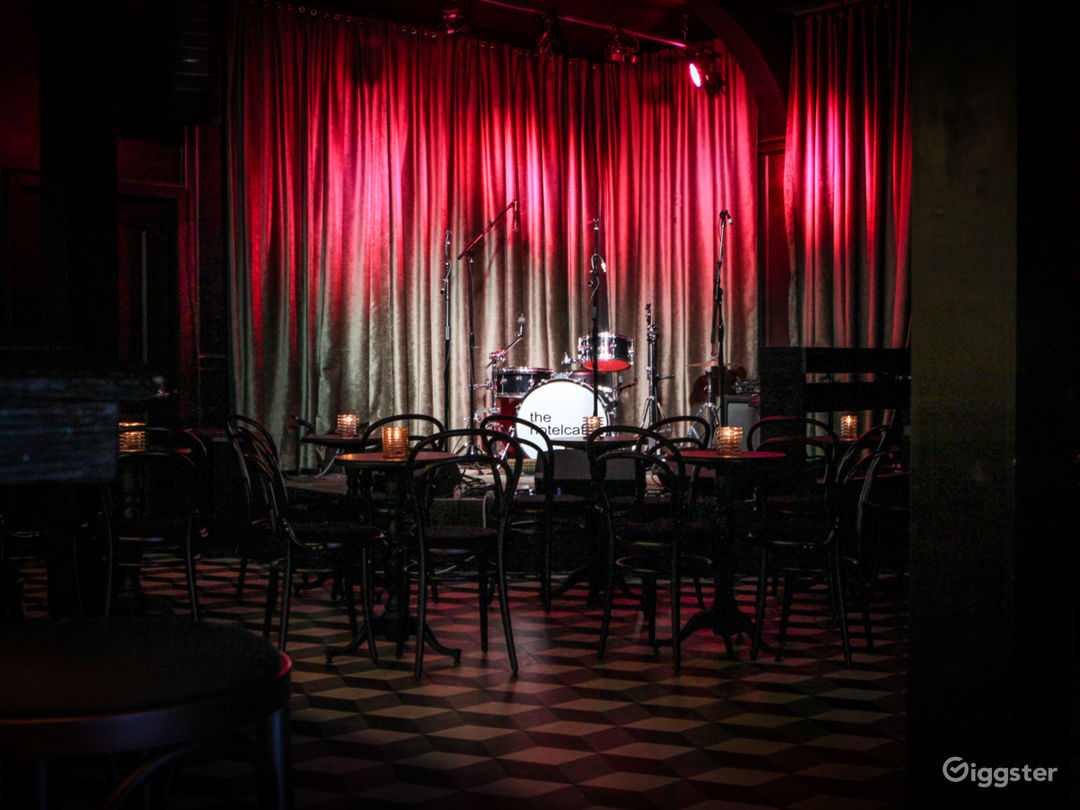 Live Music Venue/ Bar located in the heart of Hollywood Photo 2