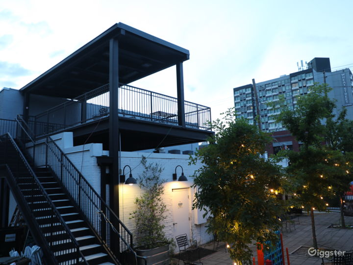 Rear Courtyard w stairs to Rooftop Patio