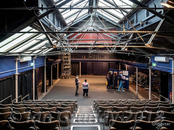 Versatile Theatre Space in London Photo 3
