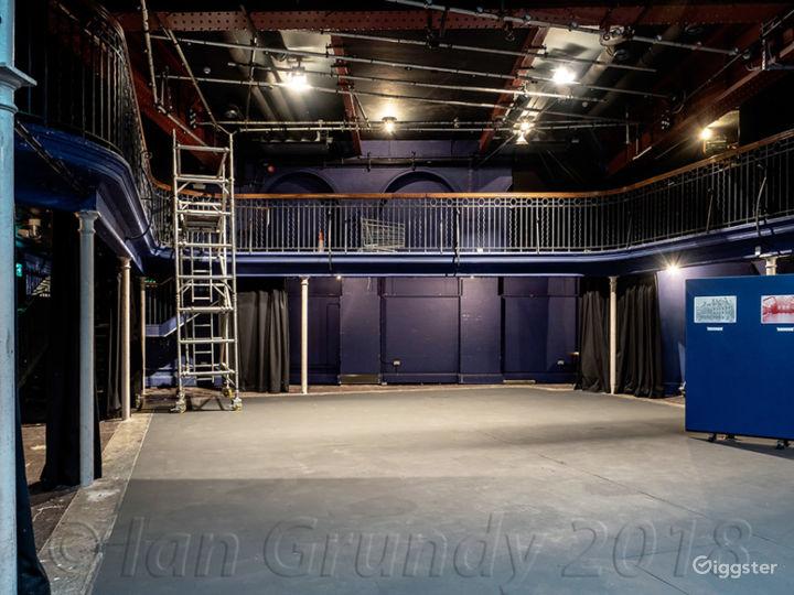 Versatile Theatre Space in London Photo 4