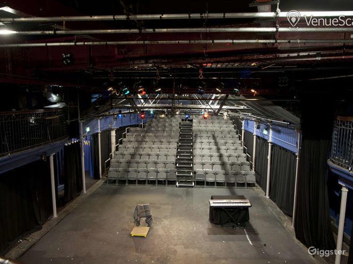 Versatile Theatre Space in London Photo 2