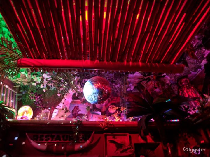 A Super Cute and Cozy Tiki Themed Style Bar Photo 3