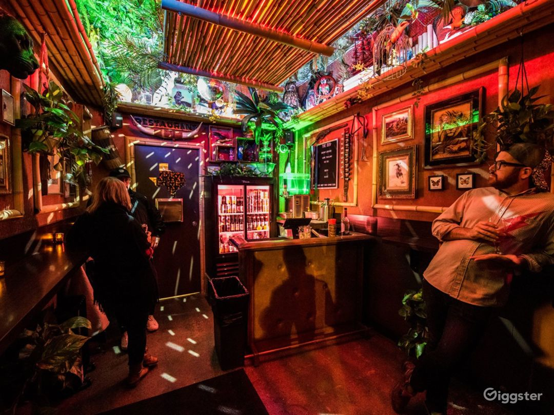 A Super Cute and Cozy Tiki Themed Style Bar Photo 1