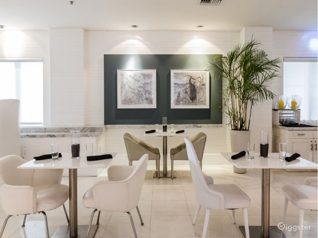 Gallery Dining Room in Miami Beach Photo 1