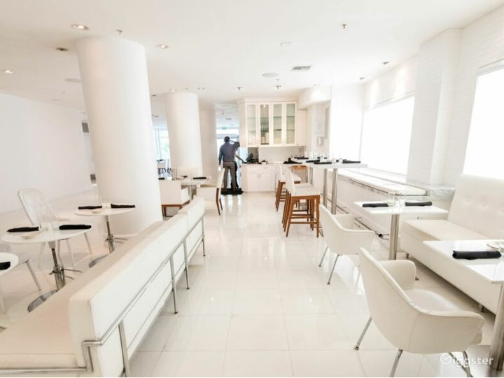 Gallery Dining Room in Miami Beach Photo 3