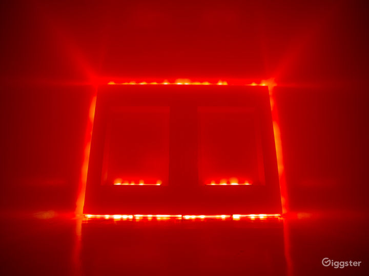Modern White Cube | CreatorLA Photo 5