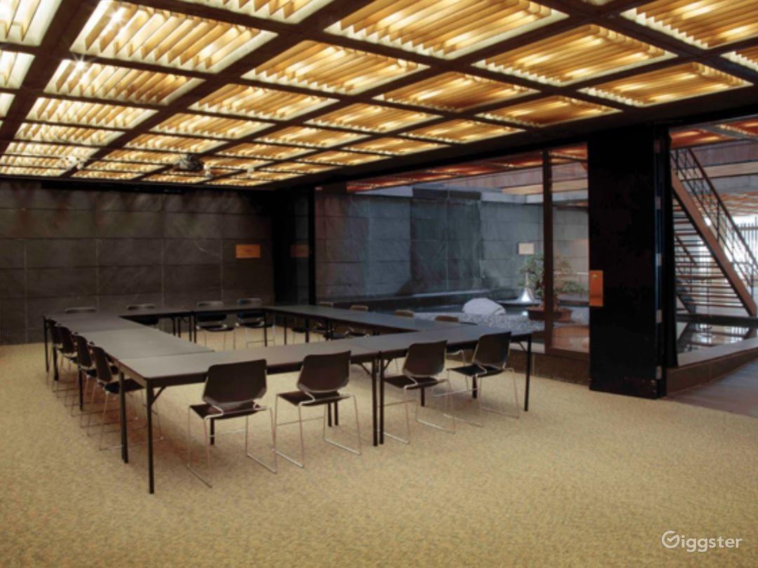 Reception Room Photo 1