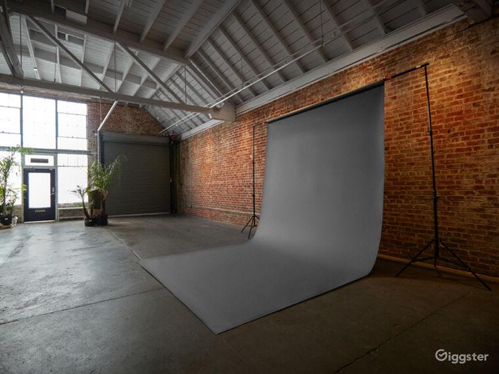 2,400ft² Open Loft-styled Versatile Studio