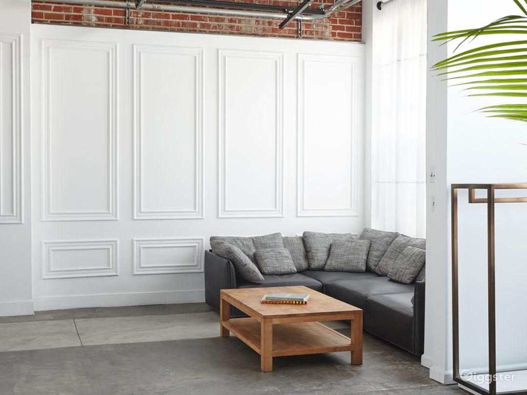 2,400ft² Open Loft-styled Versatile Studio Photo 2
