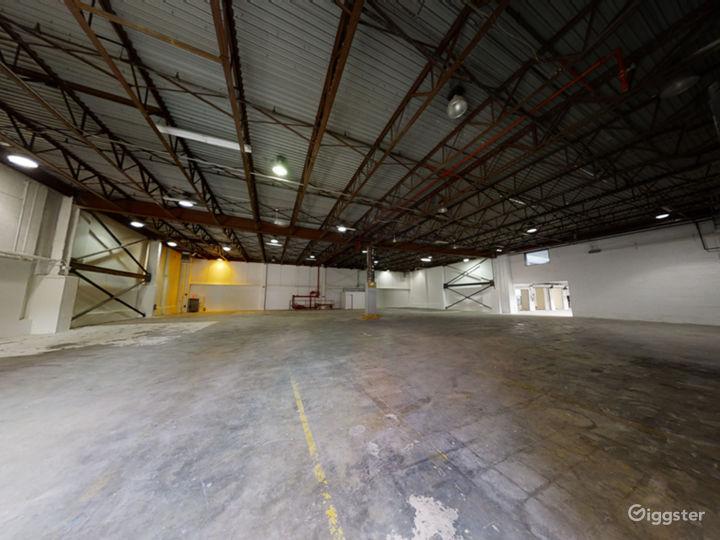 Giant multi room venue Photo 4