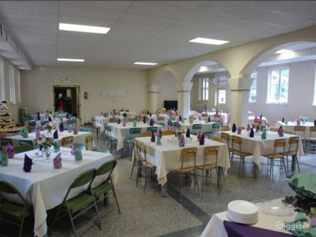 Tacoma Dining Hall with Historical Feel Photo 1
