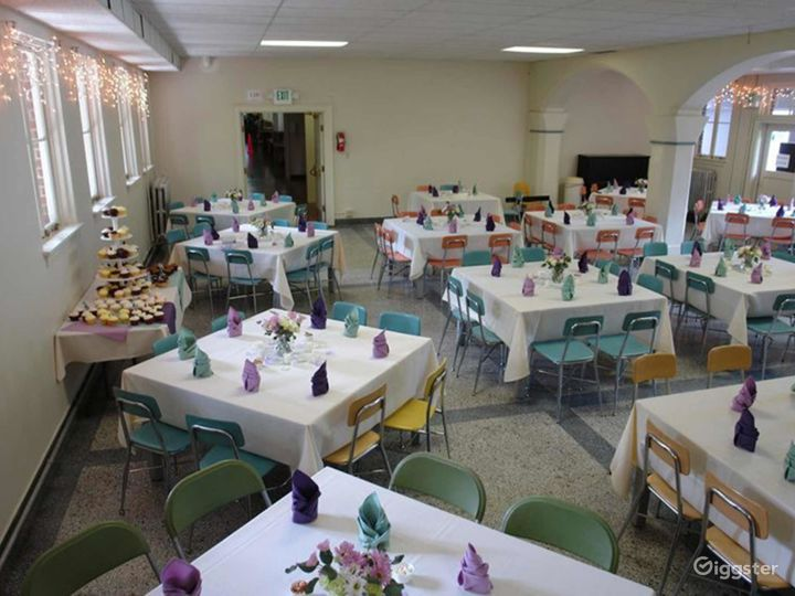 Tacoma Dining Hall with Historical Feel Photo 5