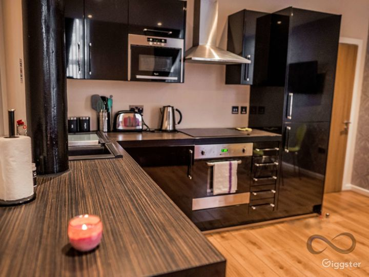 A Modern Apartment in Liverpool Photo 2