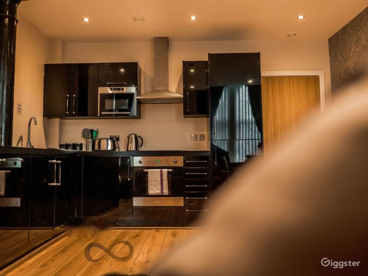 A Modern Apartment in Liverpool Photo 4