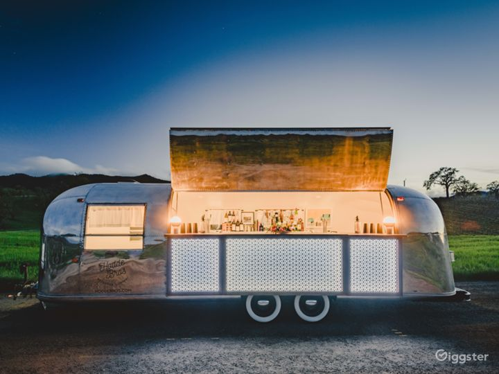 Airstream Mobile Bar @ Oyster Ridge
