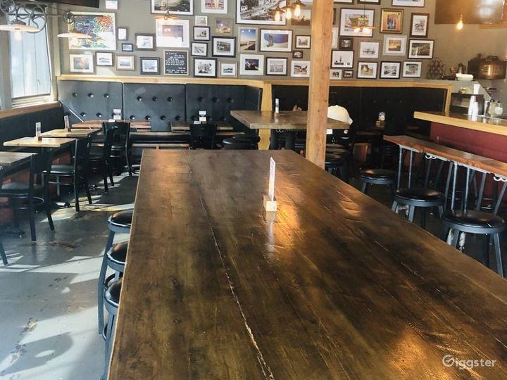 Unique Spacious Restaurant & Bar in Santa Monica Photo 5