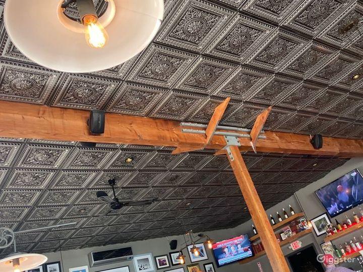 Unique Spacious Restaurant & Bar in Santa Monica Photo 2