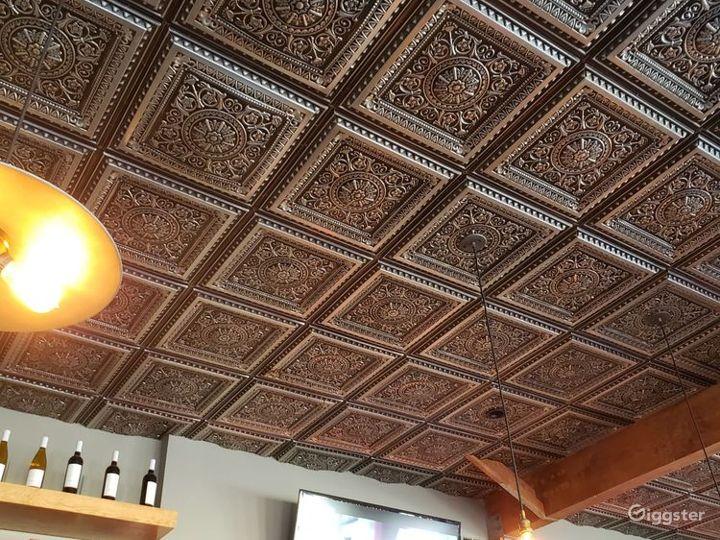 Unique Spacious Restaurant & Bar in Santa Monica Photo 3