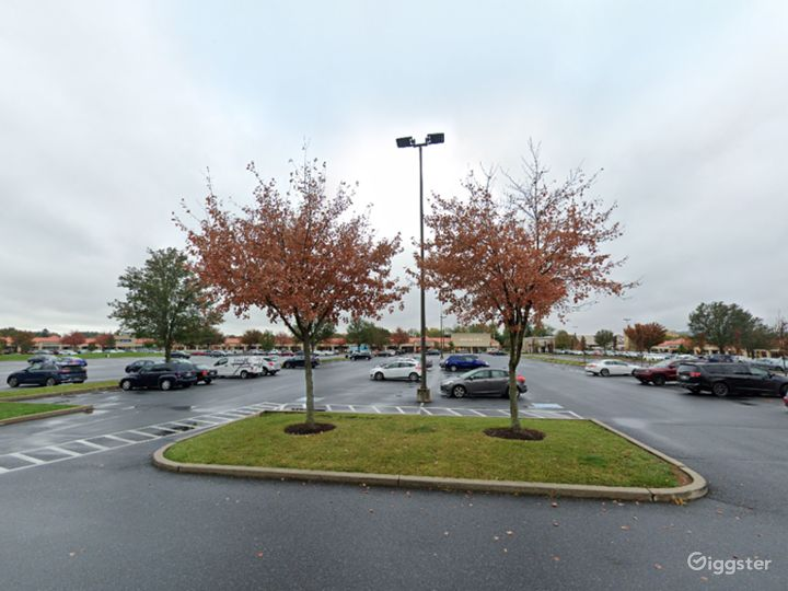 Spacious Parking Lot in Hershey Photo 5