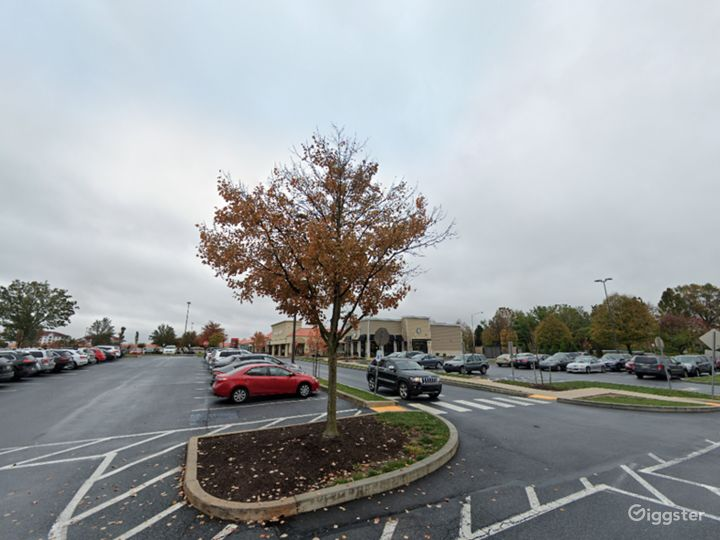 Spacious Parking Lot in Hershey Photo 2