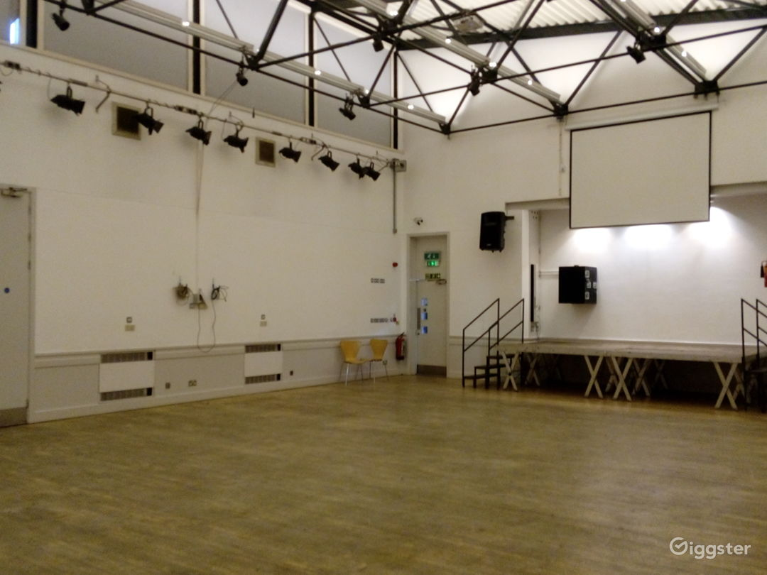 Camberwell- Harry Caddick Centre in London  Photo 1