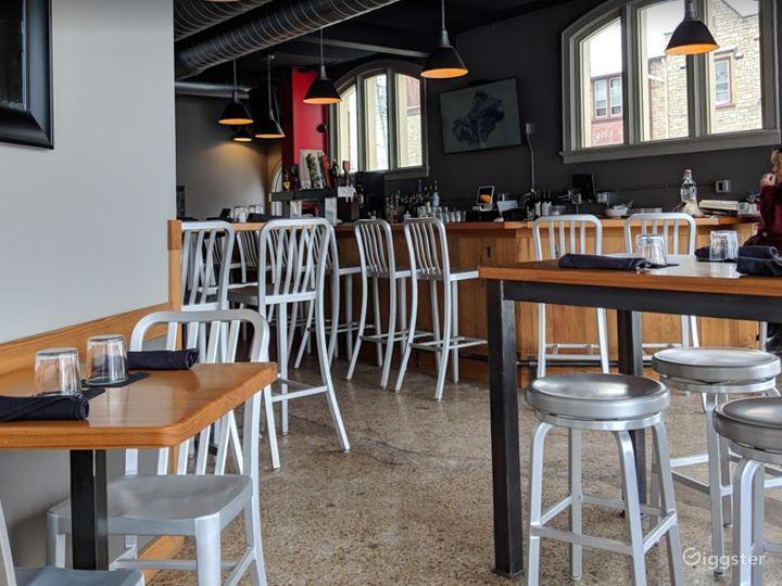 Cozy Indoor Dining Space in West Allis Photo 5