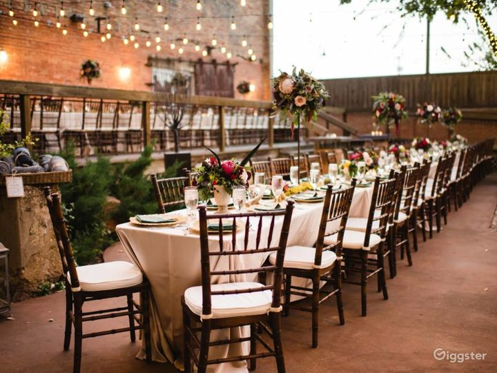 One-of-a-kind atmosphere for your event!  Photo 4