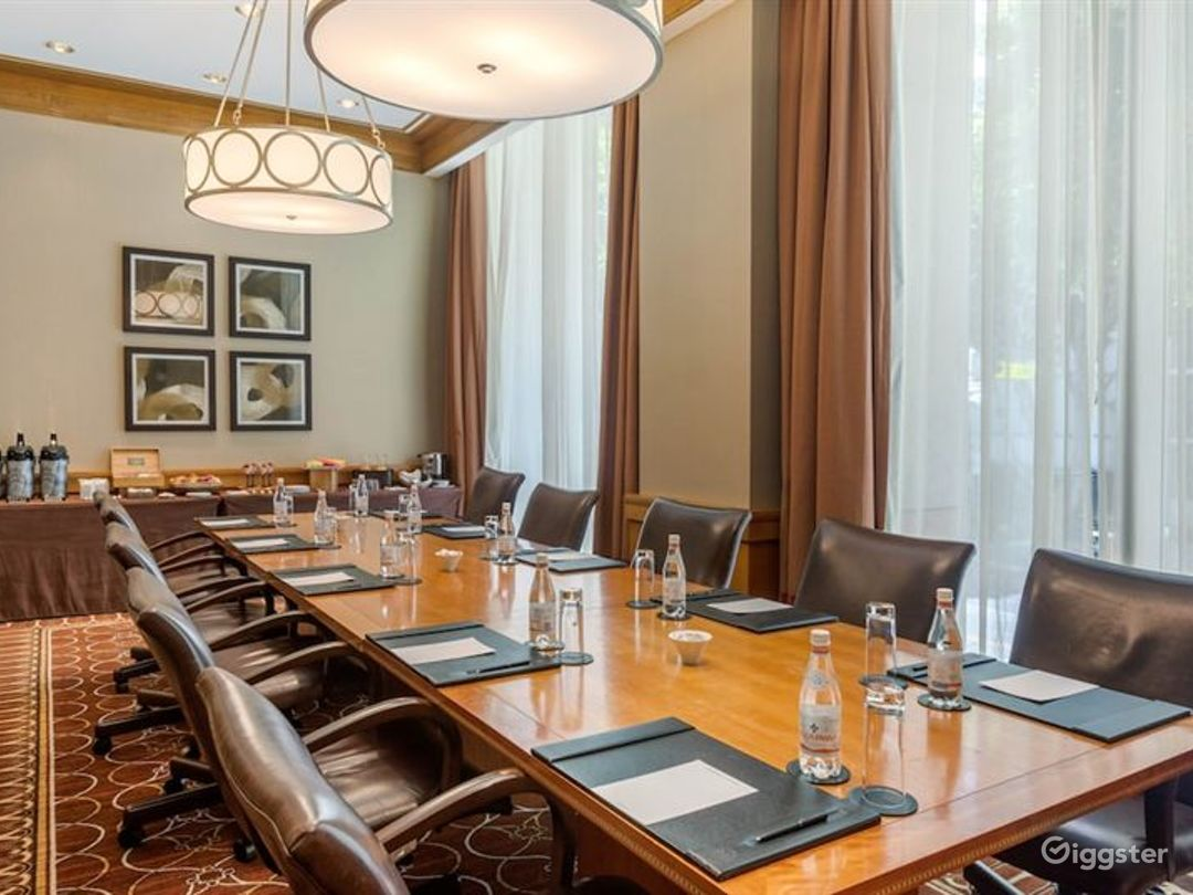 Hotel Meeting Rooms Photo 1
