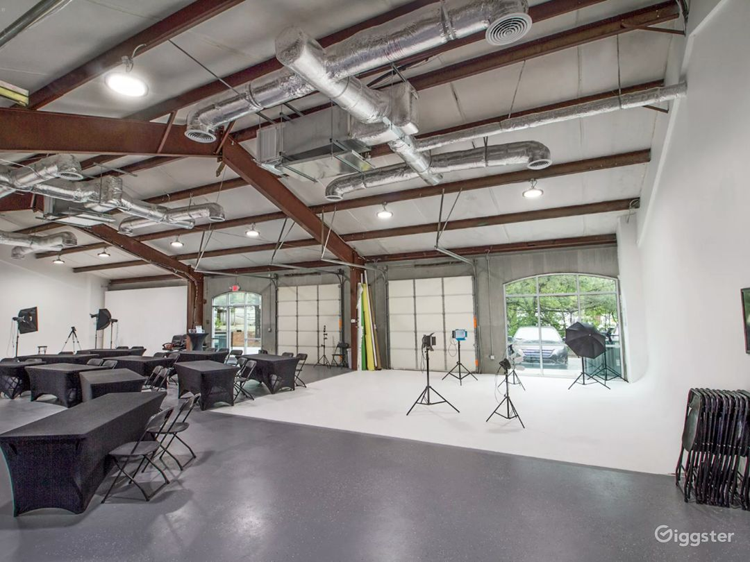 4,000 Sq Ft  Filming Content Creation Center for Rent Photo 1