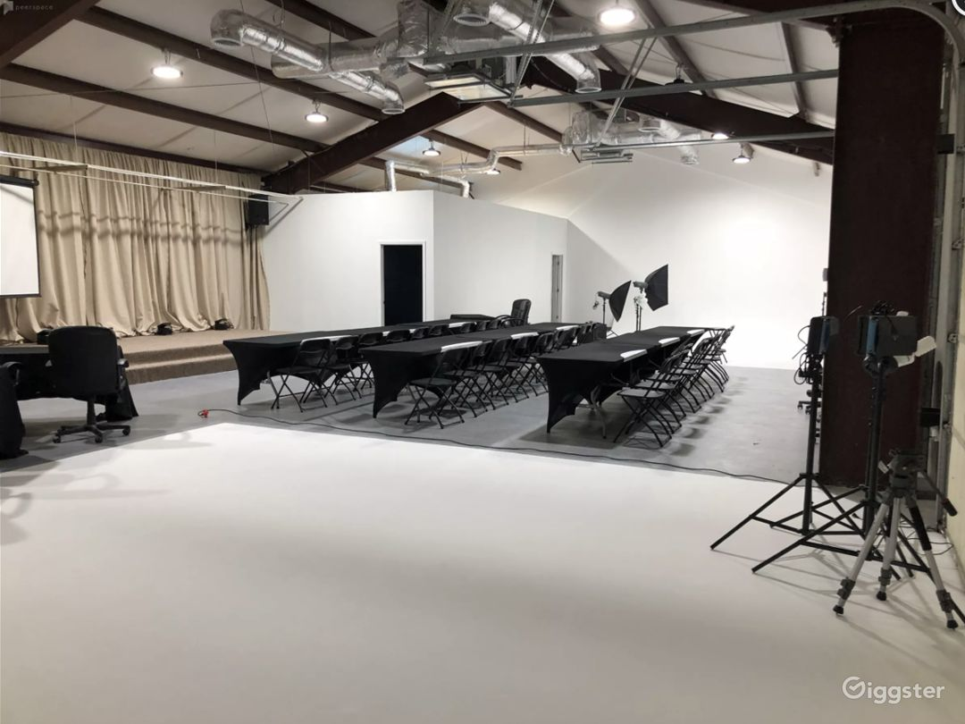 4,000 Sq Ft  Filming Content Creation Center for Rent Photo 4