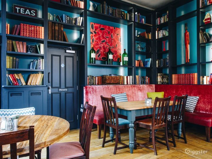 Well Remarkable Pub and Food House in Putney Photo 3