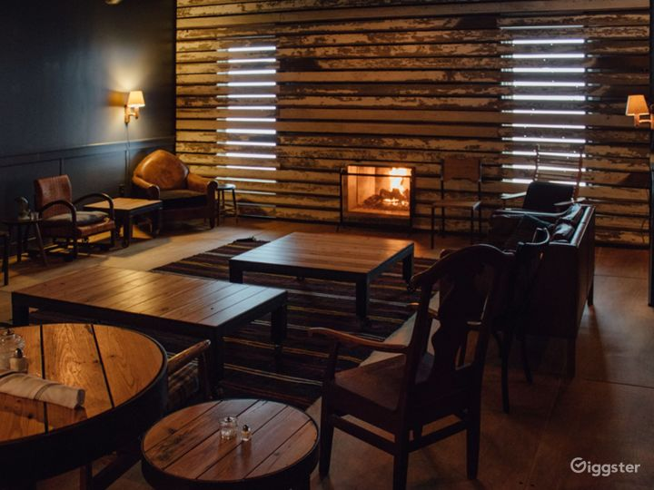 Lovely Lounge with Fireplace in Marietta Photo 5