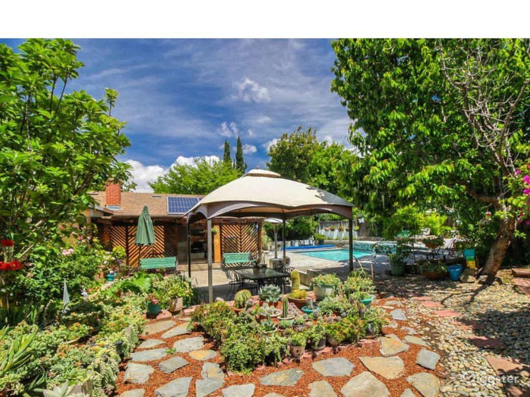 Quiet Cul-de-Sac Ranch Style Home Photo 2