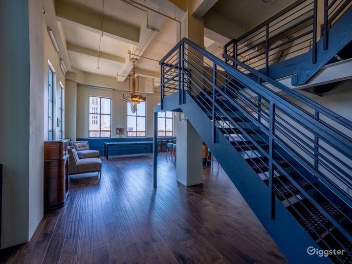 Iconic Art Deco Loft  Photo 4