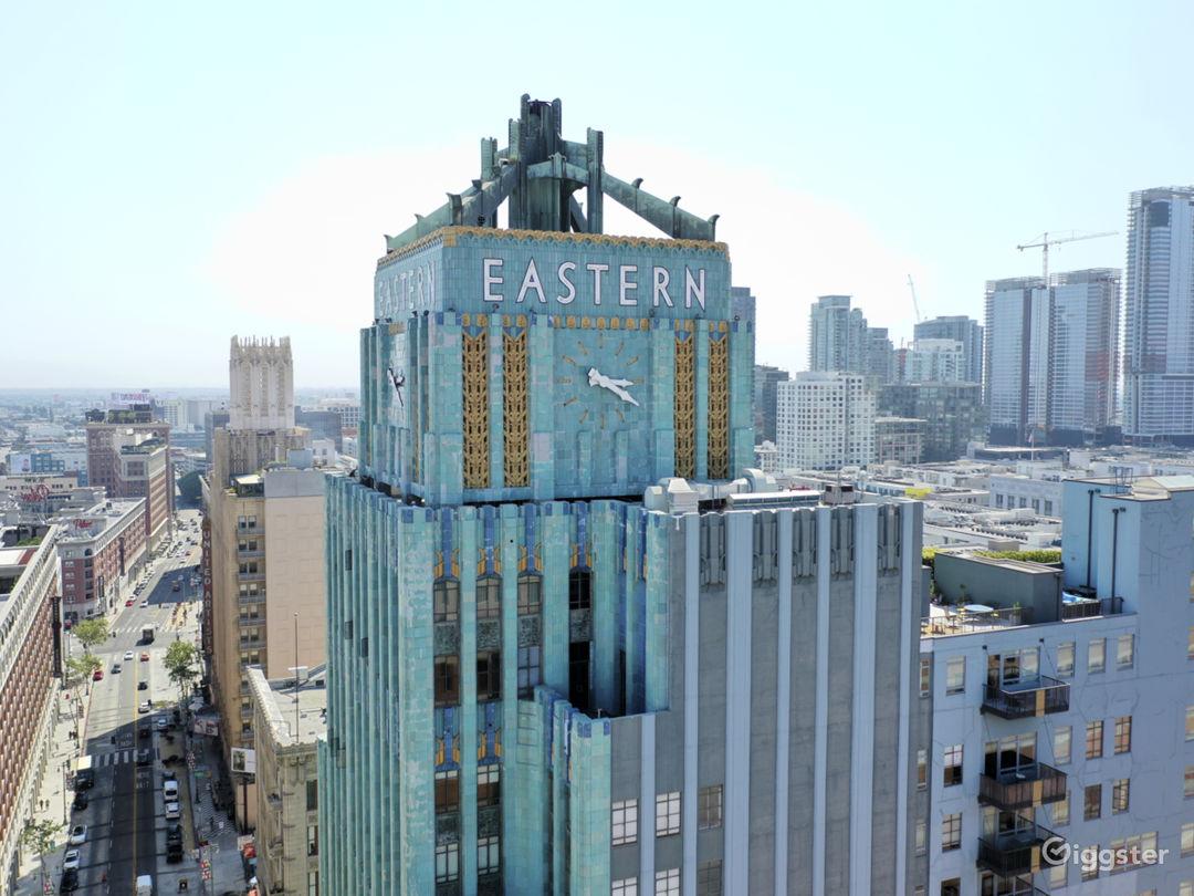 Iconic Art Deco Loft  Photo 1