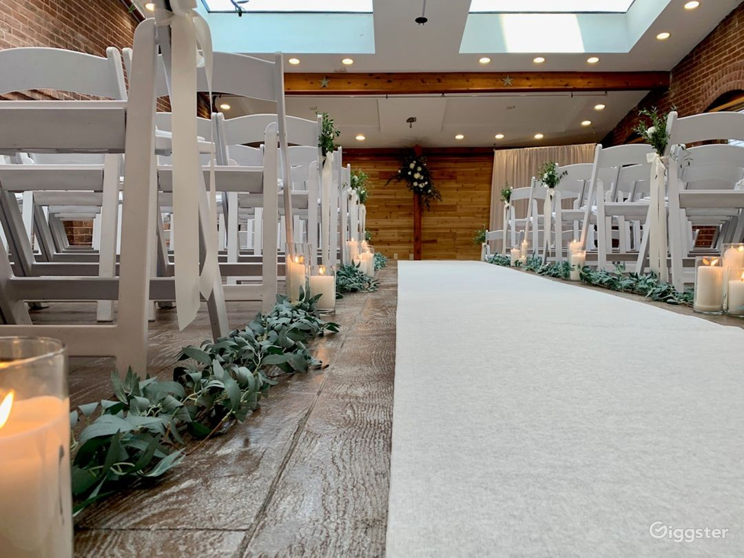 One of a kind wedding space in Noblesville Photo 1