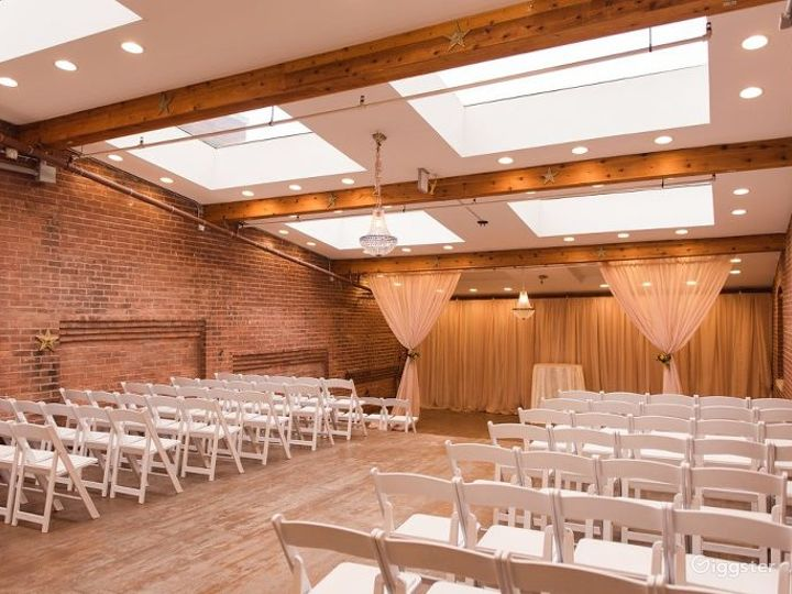 One of a kind wedding space in Noblesville Photo 3