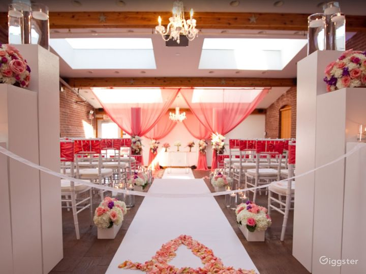 One of a kind wedding space in Noblesville Photo 5