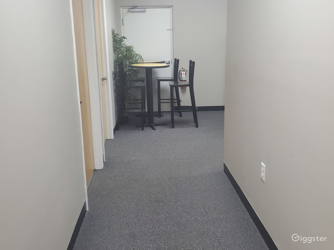 Office space Photo 2