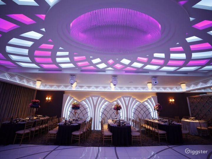 Elegant Banquet Hall in Glendale Photo 3