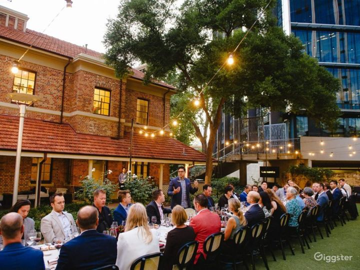 Spacious Outdoor Space and Garden for Events Photo 2